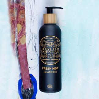 I Love Eco Essentiels shampoo met ECOCERT label met houtachtige geur 250ml