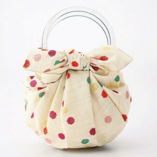 Transparante ring handvat voor het maken van een draagtas of handtas van een Japanse knoopdoek of Furoshiki.