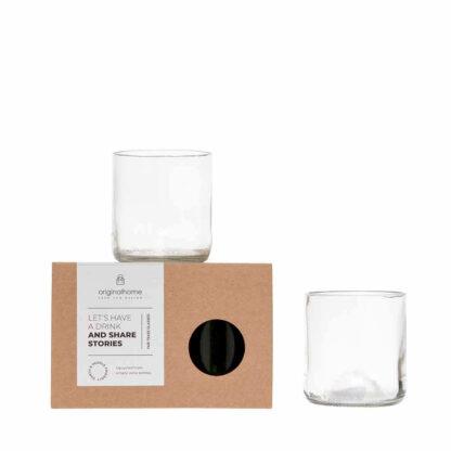 Blov.be Glazen Upcycled Transparant S zijn ethisch en handgemaakt uit wijnflessen in een dorp op Zanzibar, Tanzania en bovendien milieuvriendelijk en super sociaal.